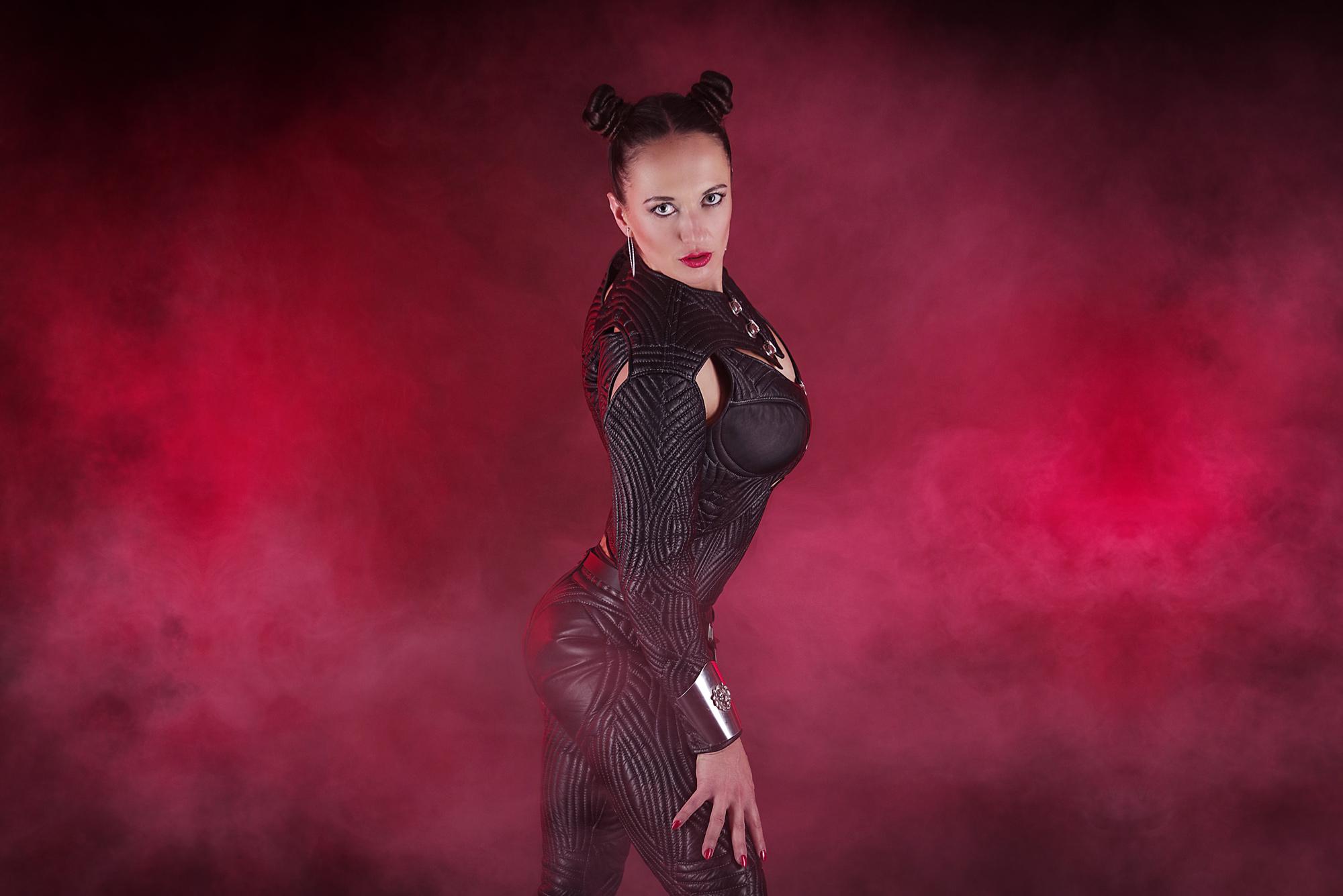 amalie-von-stein-black-stark
